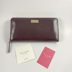 Kate Spade Bixby Place Neda Patent Leather Wallet for Sale in Boston, MA