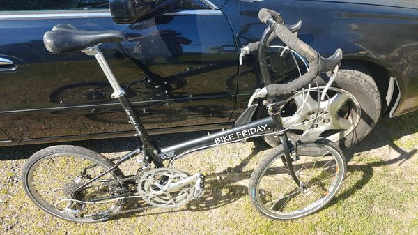 BIKE FRIDAY NEW WORLD TOURIST...PRICE SEVERELY REDUCED DUE TO ONGOING GLOBAL CRISIS