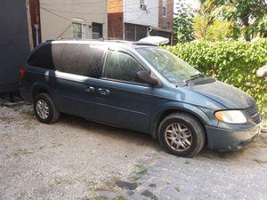 2005 Dodge Grand caravan sxt for Sale in Washington, DC