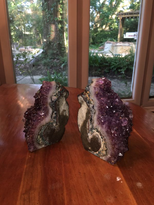Gorgeous amethyst geode bookends