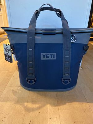 Yeti hopper M30 soft cooler new limited edition for Sale in Fort Stockton, TX