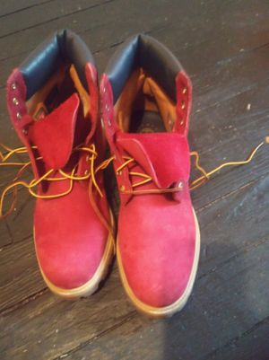 Men Timberlands size 11 only wore once paid 100 and something but only want 80 selling for a friend for Sale in Milwaukee, WI
