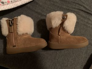 Baby girl UGG Boots for Sale in Tulare, CA
