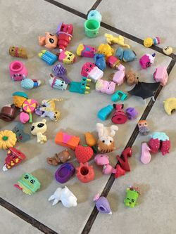 45 Shopkins Toys Good Condition for Sale in San Jose,  CA