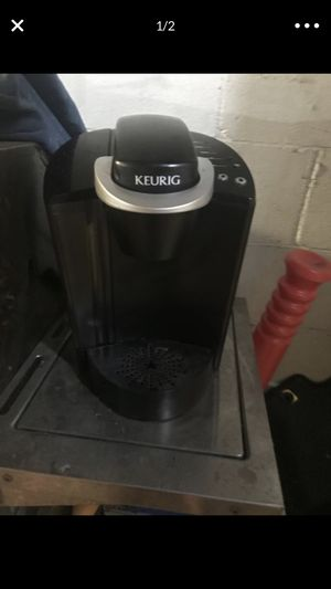 Keurig coffee maker for Sale in Freedom, PA