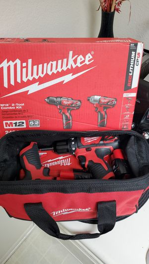 (Milwaukee drill set) M12 brand new never used for Sale in Tustin, CA