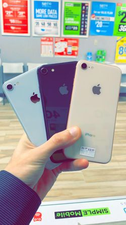 Apple iPhone 8 64gb Factory Unlocked - Like New! (30 Days Warranty) for Sale in Arlington,  TX