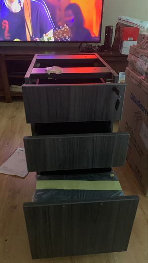 Box files pedestal w locks for Sale in Atlanta, GA