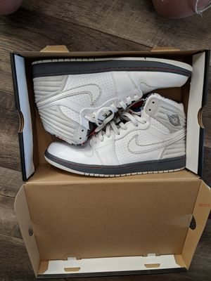 Jordan retro 1(bugs bunny) nds size 12 for Sale in Denver, CO
