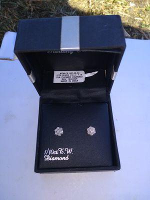 Sterling silver 1/10 CT T.W. Diamond Flower Earrings 👂💎 for Sale in Portland, OR