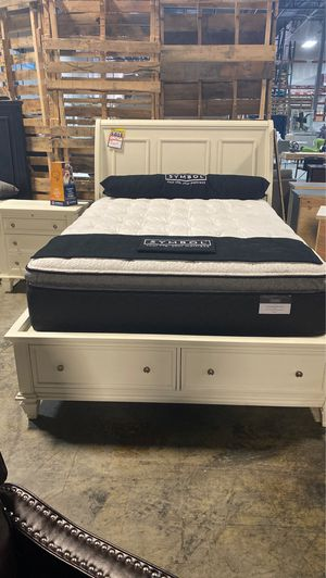 Close out queen storage bed frame sale was $1346.99 now only $583.99 take home with only $40 down! for Sale in La Vergne, TN