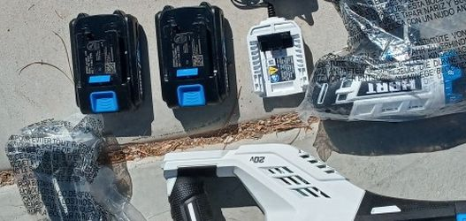 Saw Zaw.Impact &Hammer Drill 2 Batters And Charger for Sale in North Las Vegas,  NV