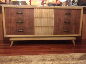 "Mid Century / Vintage American of Martinsville Lowboy Dresser - TV Stand - Credenza - Sideboard - Buffet - 65"" x 20"" x 33-1/4"" for Sale in Barrington, IL"