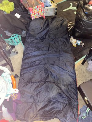 Full size zippale sleeping bag for Sale in Indianapolis, IN