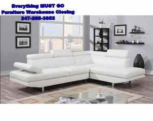 white leather sectional. Must Go for Sale in Queens,  NY