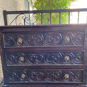 Antique Dresser for Sale in Chandler, AZ