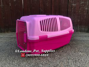 """NEW!! 24"""" Cat/ Dog Plastic Kennel (Carrier) for Sale in Colton, CA"""