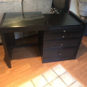 Small convertible desk for Sale in Austin, TX