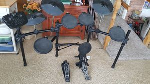 Simmons electronic drum set for Sale in Coldwater, MI