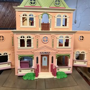 Fisher price Doll House for Sale in Morris, IL