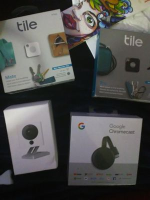 Google Chromecast wyze security camera and tile mates and tile pro for Sale in Indian Wells, CA