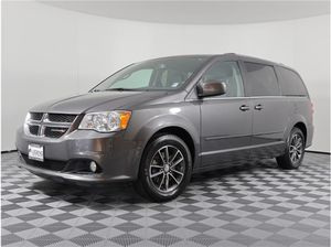 2017 Dodge Grand Caravan for Sale in Burien, WA