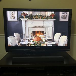 52 inch Panasonic TV / Great Condition. for Sale in Tampa, FL