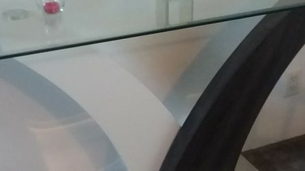 Glass Shelf Table for Sale in Tacoma,  WA