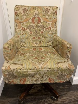Pottery Barn Rolling Swivel Chair w/ Cover for Sale in Oceanside, CA