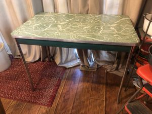 Vintage 1950's Green Formica Kitchen Dinette Table Retro Mid Century for Sale in Rancho Cucamonga, CA