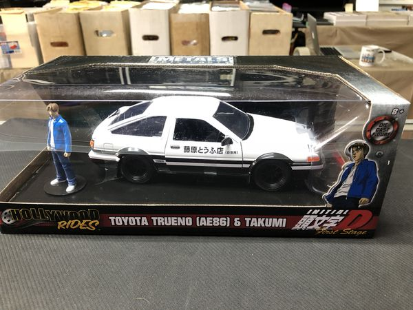 Toyota Trueno AE86 & Takumi Hollywood Rides Initial D First Stage Metals Die Cast 1:24 Scale