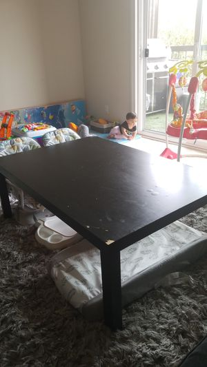 Free Table for Sale in Newport Beach, CA