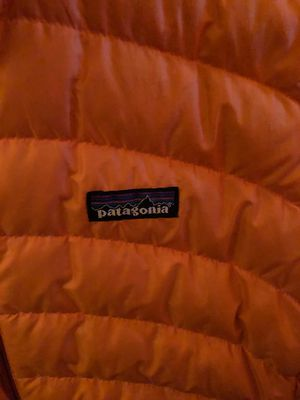 PATAGONIA BUBBLE COAT PUFF DOWN JACKET for Sale in Plymouth, MI