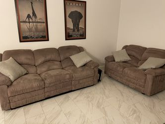 Couch & Loveseat for Sale in Las Vegas,  NV