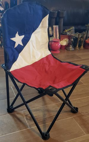 Kid's Red, White, & Blue Folding Chair for Sale in Kyle, TX