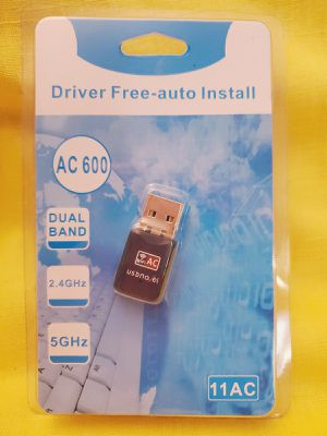 NO DELIVERY Only Cash. USB Wi-Fi Adapter Compatible with Mac OS/Windows/Vista/7/8/10 for Sale in South Gate, CA