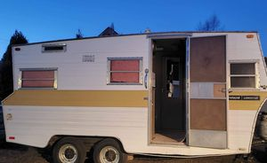 Trailer. Must go for Sale in Federal Way, WA
