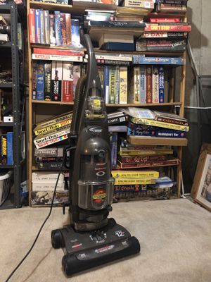 Bissell Cleanview Revolution Deluxe for Sale in Bangor, ME
