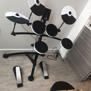 Electronic Black and White Roland, TD-1K, v-Drums Set for Sale in Portland, OR