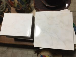 Bathroom or kitchen tile FREE for Sale in Chicago, IL