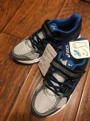 ASIC shoes size 1.5 straight out the box for Sale in San Ramon, CA