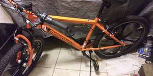 Brand new Mongoose Mountain Bike road once for 30 seconds really nice for Sale in Columbus, OH