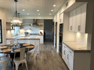 10 x 10 Wholesale Kitchen Cabinets $1369 for Sale in Garland, TX