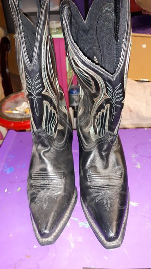 Loreado Woman's SZ 10M Black Leather Boot with pink and blue stitching and Man Made Upper for Sale in Price, UT