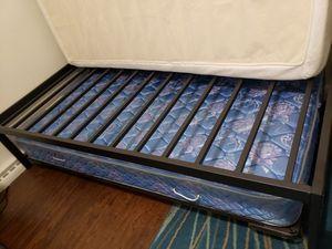 BLACK PLATFORM METAL BED FRAME *FRAME ONLY* for Sale in Englewood, CO