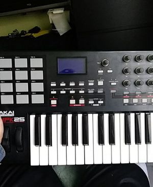 Akai MPK25 Keyboard for Sale in Philadelphia, PA