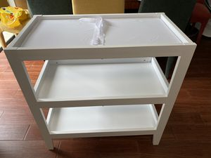 CHANGING TABLE, PAD AND COVER for Sale in Boca Raton, FL