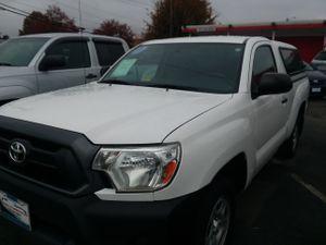 2013 Toyota tacoma regular cab auto 2wd for Sale in Manassas, VA