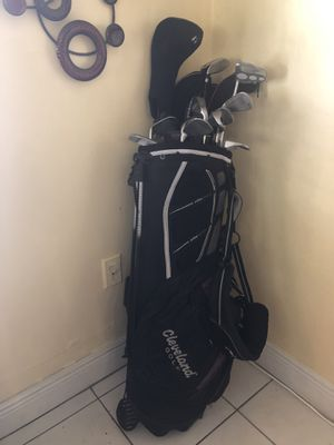 Golf club set with bag for Sale in Miami, FL