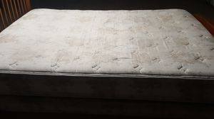 Queen matress and spring box for Sale in Hesperia, CA